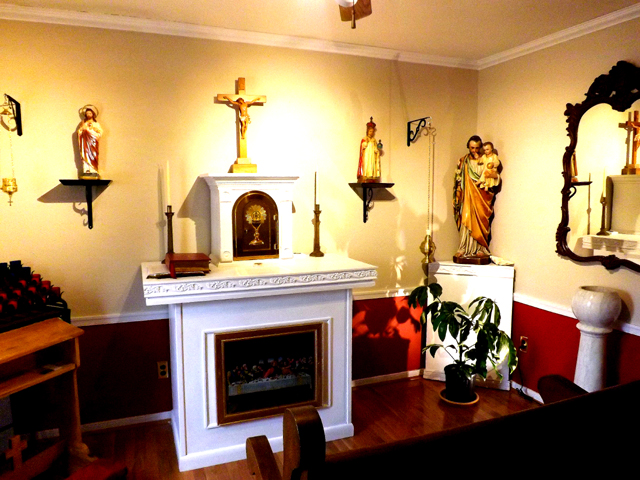 The Museum S Home Chapel And Religious Artifacts Collection